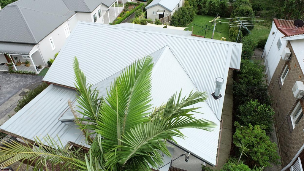 How to Know Whether to Repair or Replace Your Roof | City2Surf Roofing Sydney