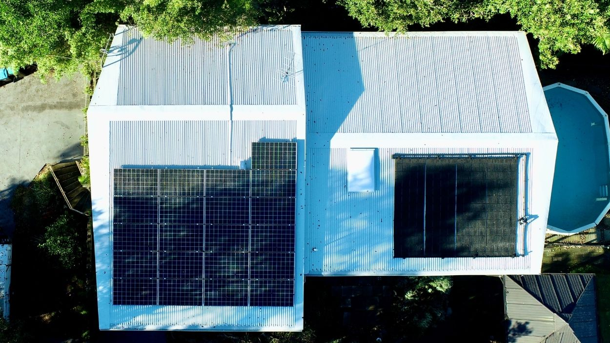 Metal Roof Replacement & Repairs by City2Surf Roofing